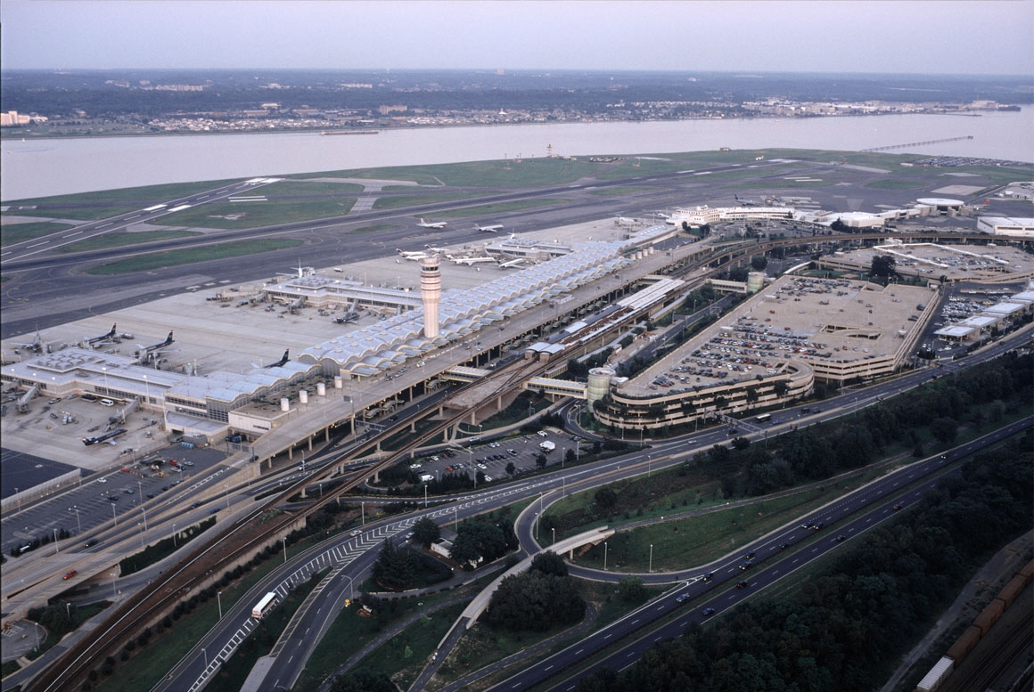 AEROPORTO NACIONAL RONALD REAGAN, WASHINGTON