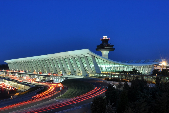 AEROPUERTO INTERNACIONAL DULLES, VIRGINIA