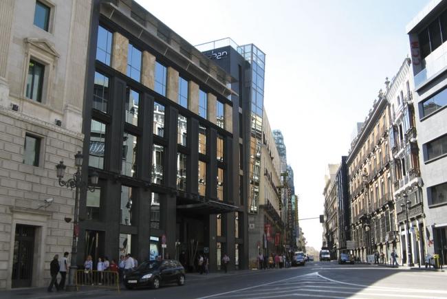 Sanjose constructora hotel urban 5 estrellas gran lujo Hotel lujo sierra madrid