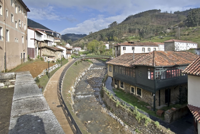 ENVIRONMENTAL RESTORATION OF THE NONAYA RIVER IN SALAS, ASTURIAS