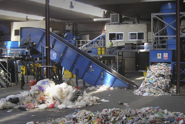 WASTE AND PACKAGE CLASSIFICATION PLANT IN COLMENAR VIEJO, MADRID