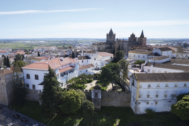 PALACE OF THE INQUISITION, PAINTED HOUSES AND YARD OF SAN MIGUEL OF EVORA, EVORA